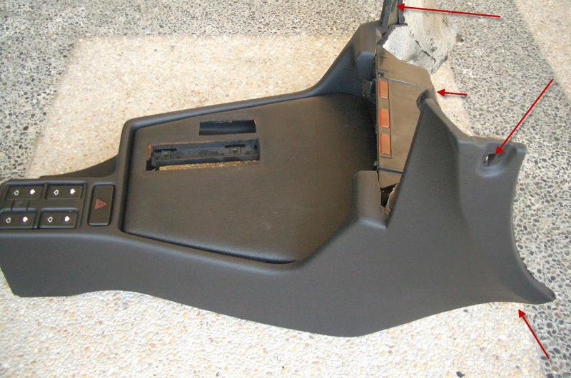 demontage console centrale entre sièges 16-04-12