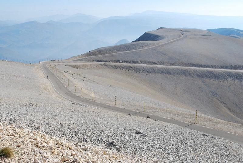 Rencontre de RCZ au mont ventoux Dsc_1613
