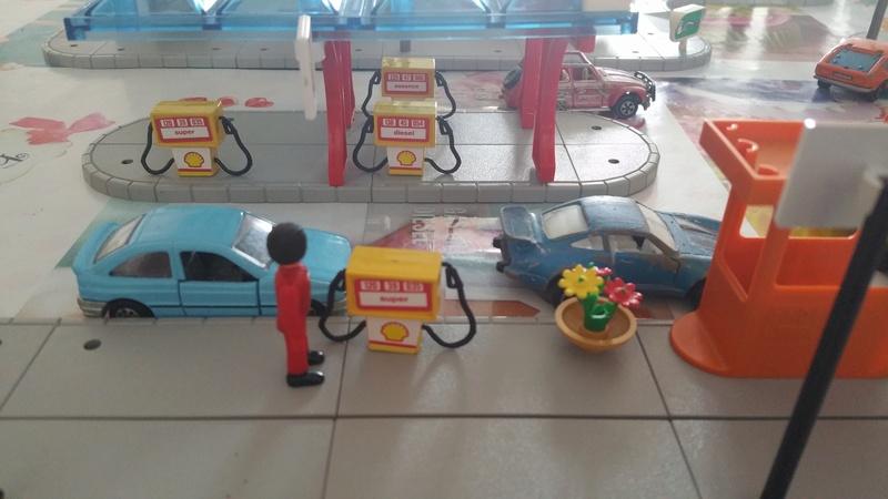 N°770 - Station service et cafeteria 20180440