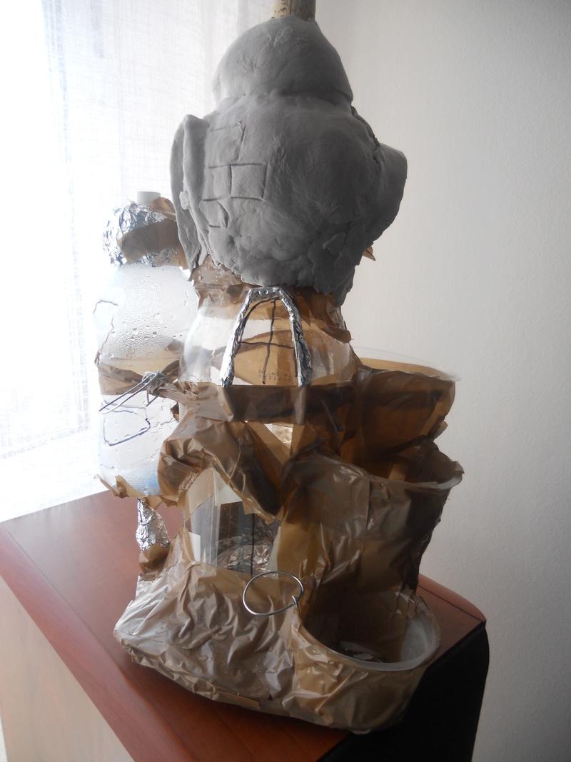 Casa de hadas con botellas de plástico. Dscn4714