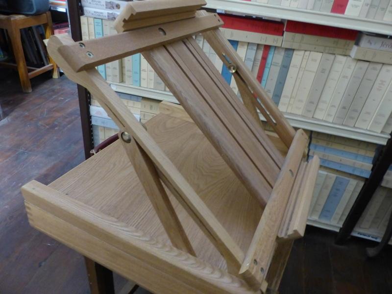pupitre de table pour le dessin, l'aquarelle P1060010
