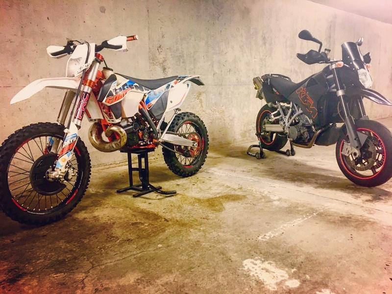 Présentez nous vos motos ! - Page 27 Img_5710
