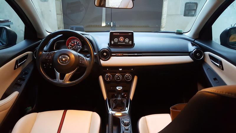 A vendre , Mazda 2 essence 115cv boite manuelle  20180410