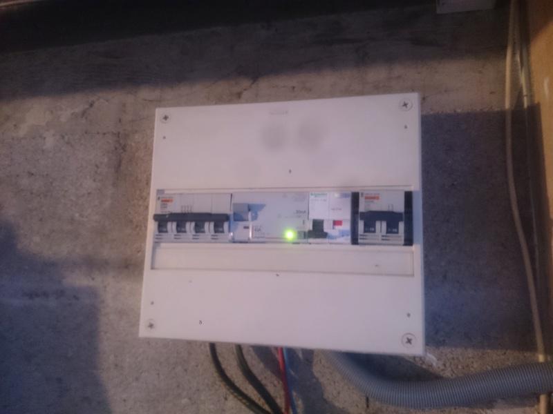 Pré-tuto : passer une borne Schneider EV Link NCA11130 en 11 kW triphasé - Page 6 Img_2010