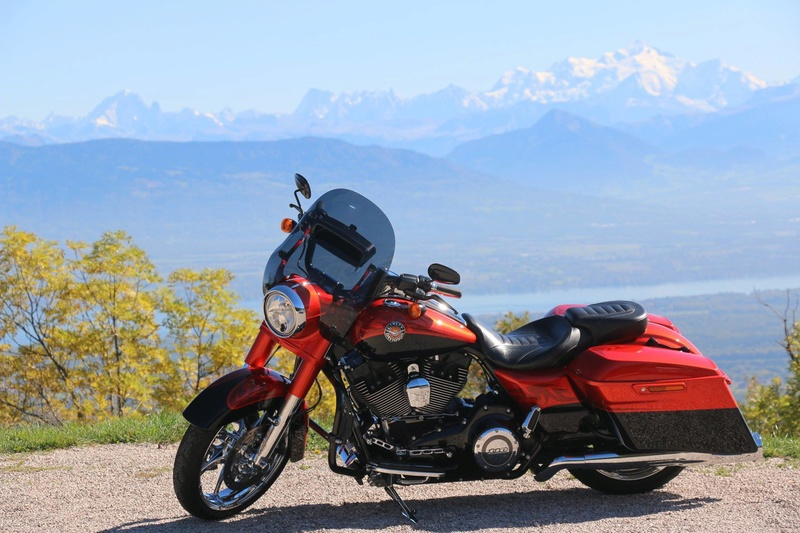 Road King uniquement, combien sur Passion-Harley  - Page 37 Img_0111