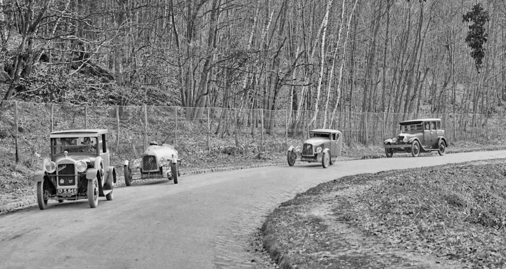 Photo d époque - Page 3 1926_s10
