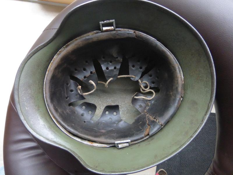 Authentification d'insigne sur un casque modele 35 P1030612