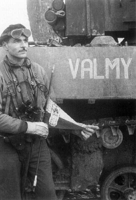 Char dans une grange : nom de l'équipage ? Valmy_11