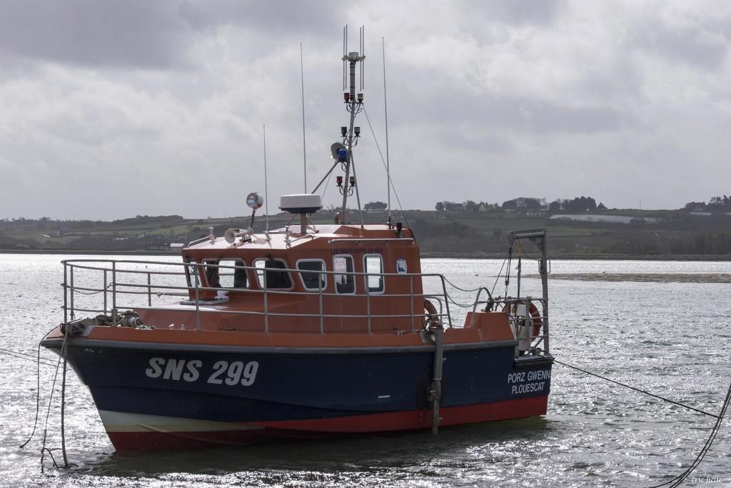 SNSM (Société nationale de sauvetage en mer) - Page 11 _dsc0111