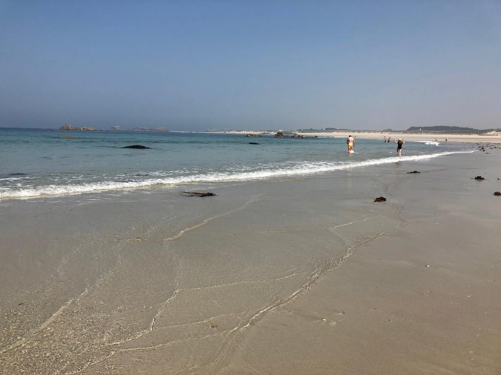 Cleder: La plage des Amiets Img_0315