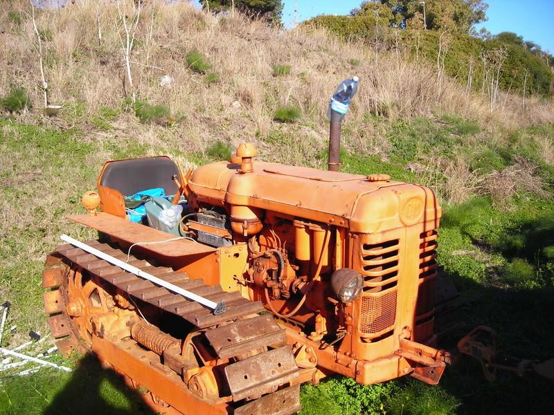 trattori e trattori agricoli stradali gommati cingolati  Dscn4043