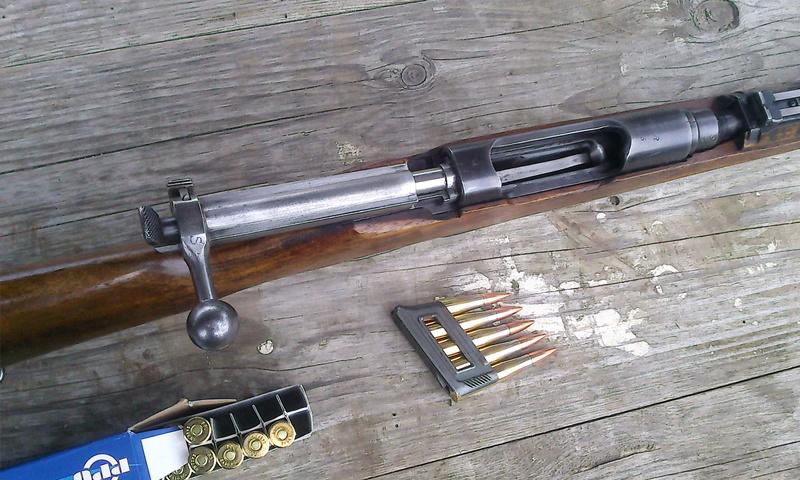 """Un Steyr M95 avec certains attributs """"effacés"""" - Page 2 Photo614"""