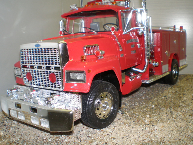 ford ltl 9000 fire truck P1010032