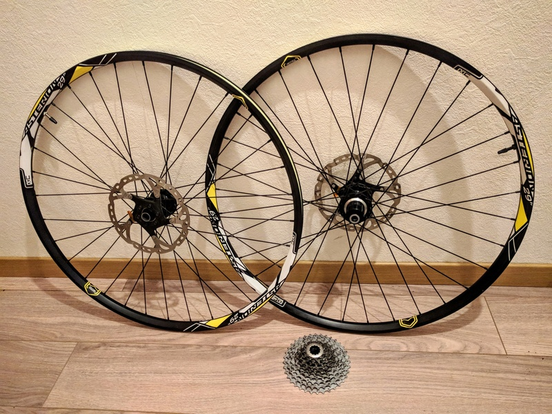 "Roues 29"" ASTERION XC CX RAY Img_2011"