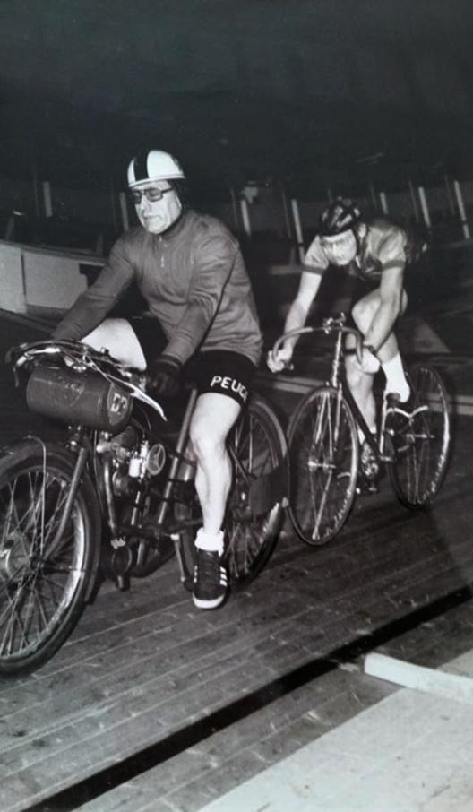 EESPC (Ermont Eaubonne Saint-Prix Cycliste) - Page 4 15621911