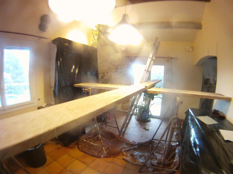 recherche des conseils pour peindre des poutres en bois en gris Gopr7710