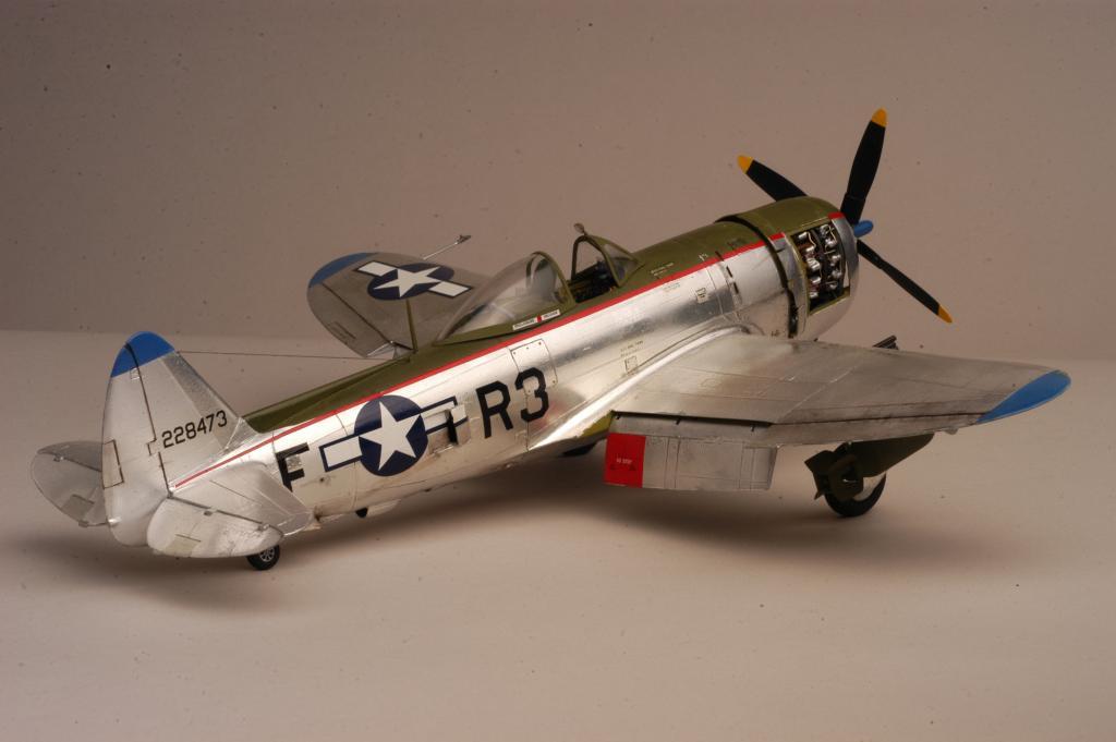 "Texan T-6 TA-349 ""Dazzlin' Deb"" - 1/32 - Page 2 7411"