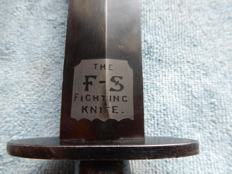 La Dague de Commando Fairbairn Sykes. - Page 2 Dscn0424