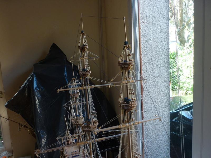 Sovereign Of The Seas XVII ème siècle de Sergal Mantua.  - Page 38 P1130544