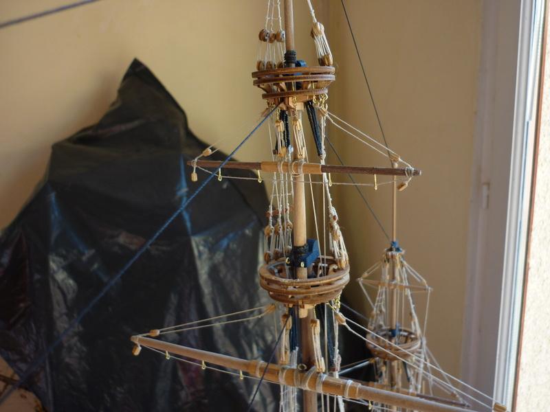 Sovereign Of The Seas XVII ème siècle de Sergal Mantua.  - Page 39 P1130557