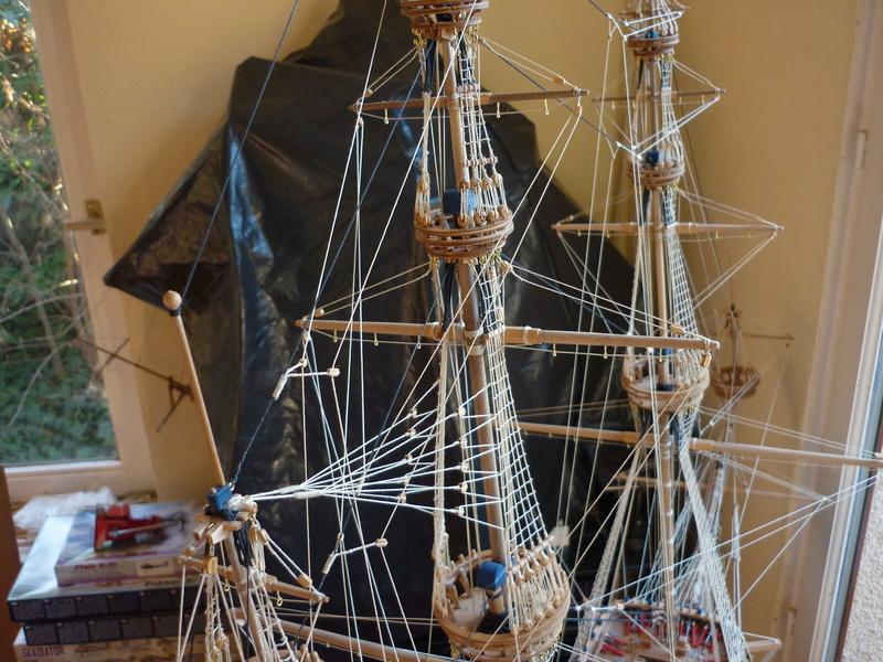 Sovereign Of The Seas XVII ème siècle de Sergal Mantua.  - Page 39 P1130965