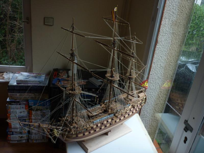 Sovereign Of The Seas XVII ème siècle de Sergal Mantua.  - Page 37 P1140332