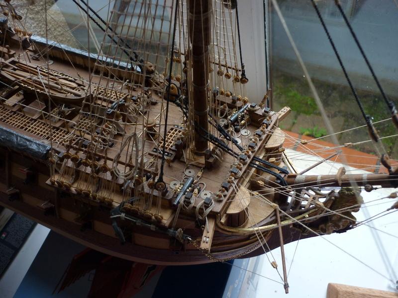 Sovereign Of The Seas XVII ème siècle de Sergal Mantua.  - Page 37 P1140416