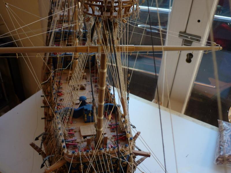 Sovereign Of The Seas XVII ème siècle de Sergal Mantua.  - Page 39 P1140437