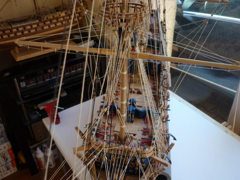 Sovereign Of The Seas XVII ème siècle de Sergal Mantua.  - Page 39 P1140438