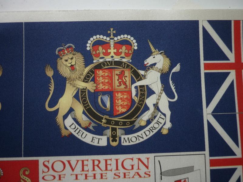 Sovereign Of The Seas XVII ème siècle de Sergal Mantua.  - Page 37 P1140513