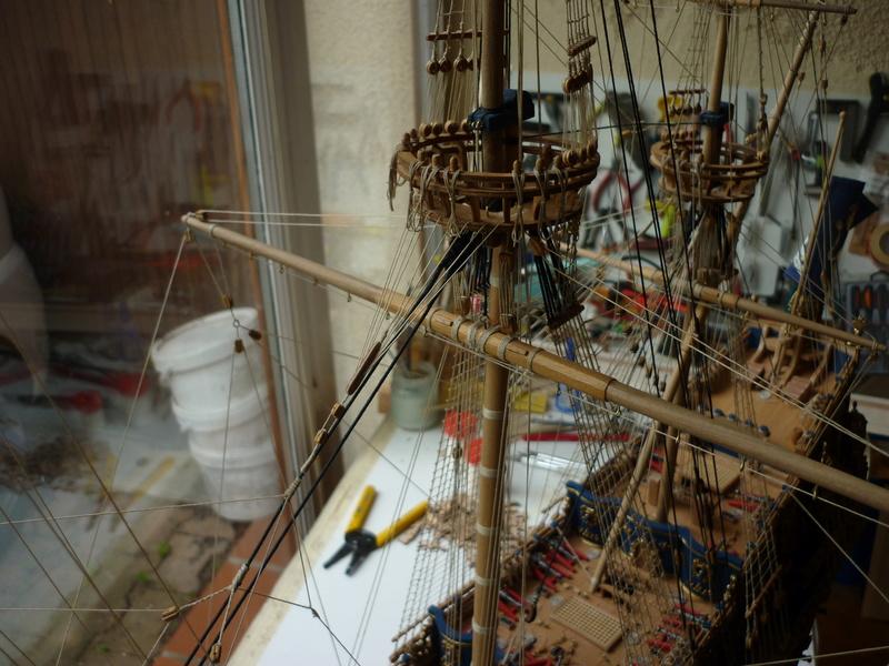 Sovereign Of The Seas XVII ème siècle de Sergal Mantua.  - Page 39 P1150911