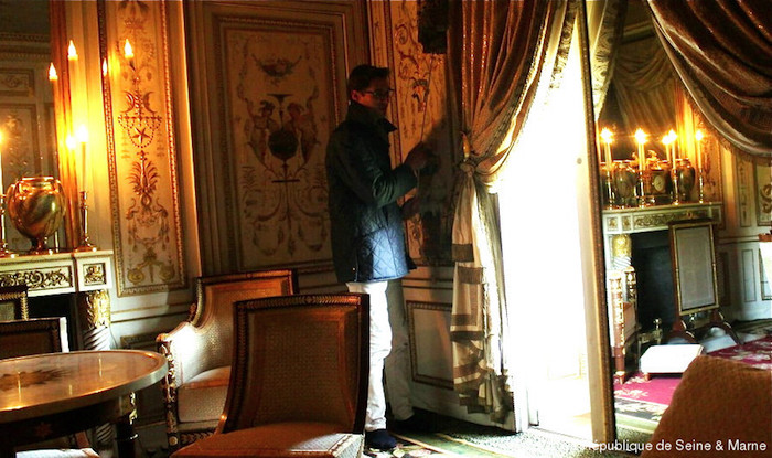 Le boudoir turc de Marie-Antoinette à Fontainebleau - Page 4 Boudoi11