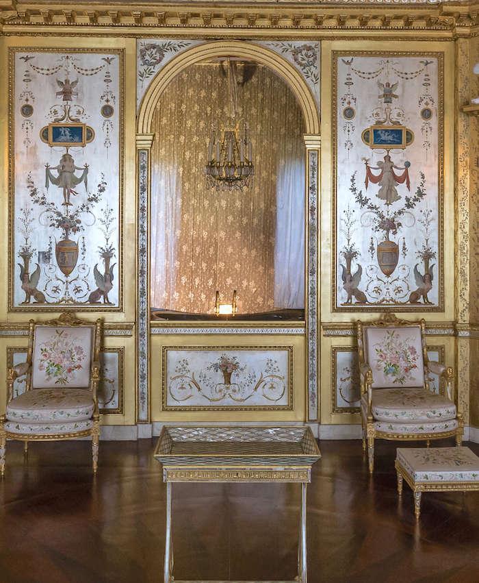 Le boudoir d'argent de Marie-Antoinette au château de Fontainebleau  - Page 2 Boudoi14