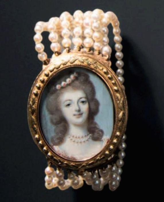 Marie Antoinette, miniatures attribuées à ou d'après François Dumont - Page 2 Captu279