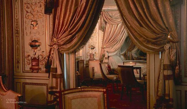 Le boudoir turc de Marie-Antoinette à Fontainebleau - Page 4 Captu368