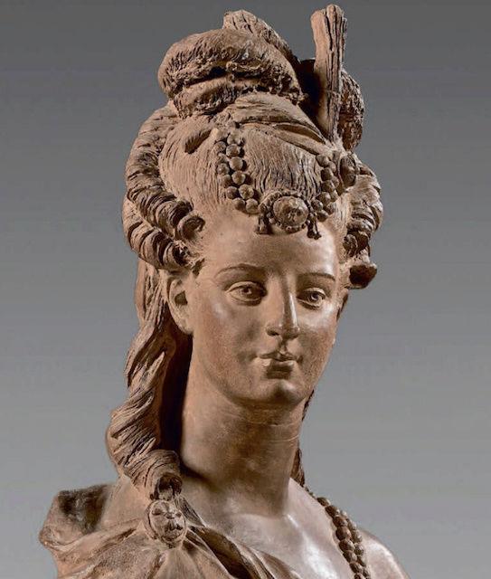 Bustes de Marie-Antoinette par la duchesse Castiglione-Colonna, Adèle d'Affry, dite Marcello Captu451