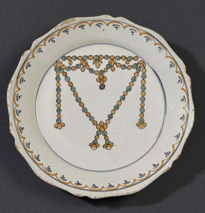 Le collier dit de la reine Marie-Antoinette (L'affaire du collier de la reine), et ses répliques Captu460
