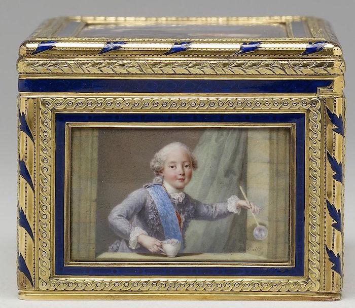 Portraits de famille de Louis XV sur une tabatière Comte_16