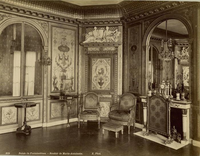 Le boudoir d'argent de Marie-Antoinette au château de Fontainebleau  - Page 2 Fontai11