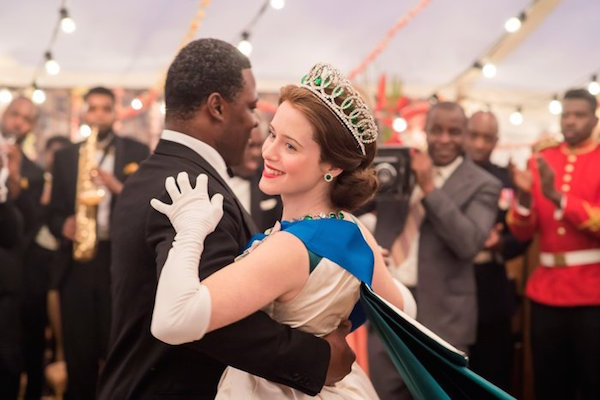 Série The Crown : le règne de la reine Elisabeth II - Page 3 Image10