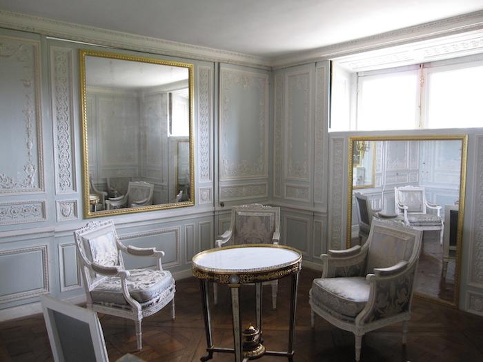 Le boudoir turc de Marie-Antoinette à Fontainebleau - Page 4 Le_pet10