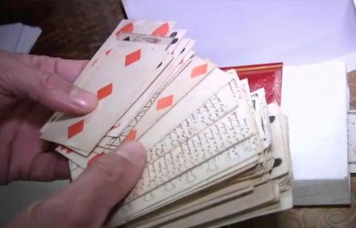 Les jeux de cartes au XVIIIe siècle - Page 2 Louis_10