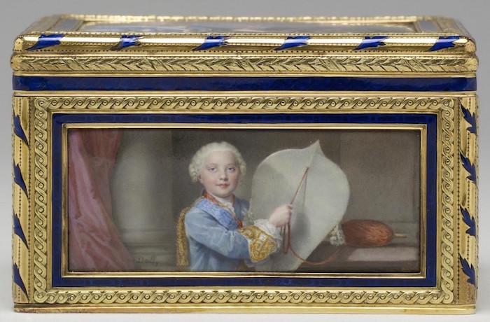 Portraits de famille de Louis XV sur une tabatière Louis_21