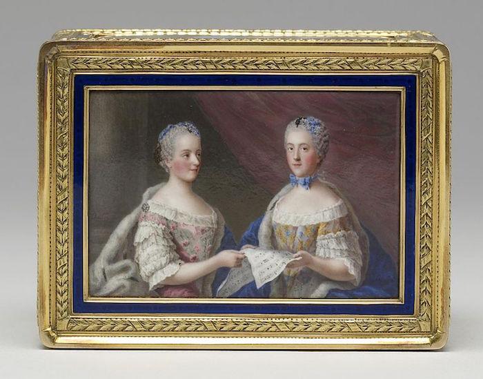 Portraits de famille de Louis XV sur une tabatière Madame14