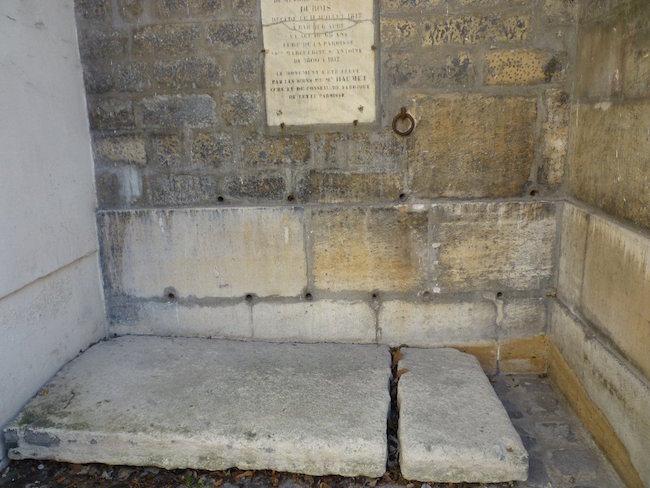 Madame de Tourzel, le corps et la sépulture de Louis XVII Marg0310