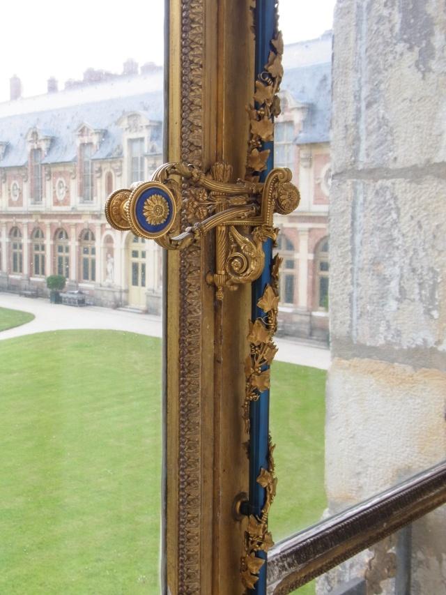 Le boudoir d'argent de Marie-Antoinette au château de Fontainebleau  Rimg0110