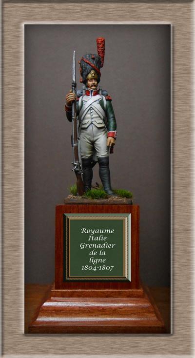 Royaume d'Italie.Grenadier de ligne 1804-1807 MM54mm Dscn0111