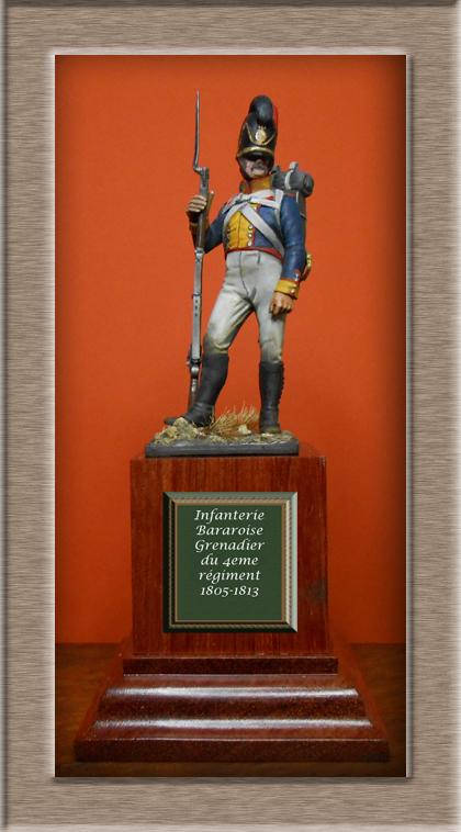 Vitrine Alain 2 mise en peinture sculpture Grenadier en surtout  1807  MM54mm - Page 5 Dscn8510