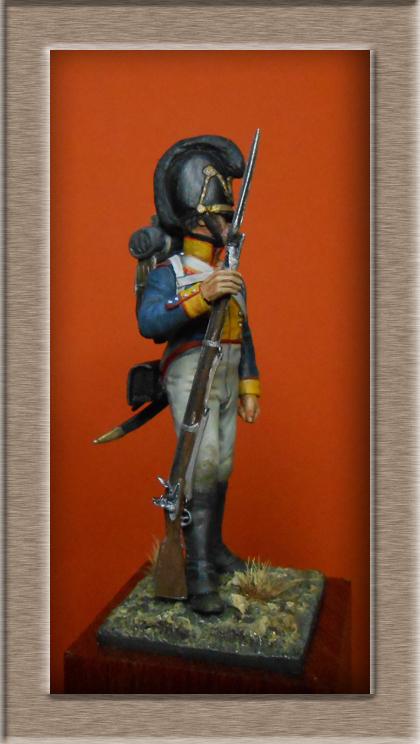 Vitrine Alain 2 mise en peinture sculpture Grenadier en surtout  1807  MM54mm - Page 5 Dscn8512