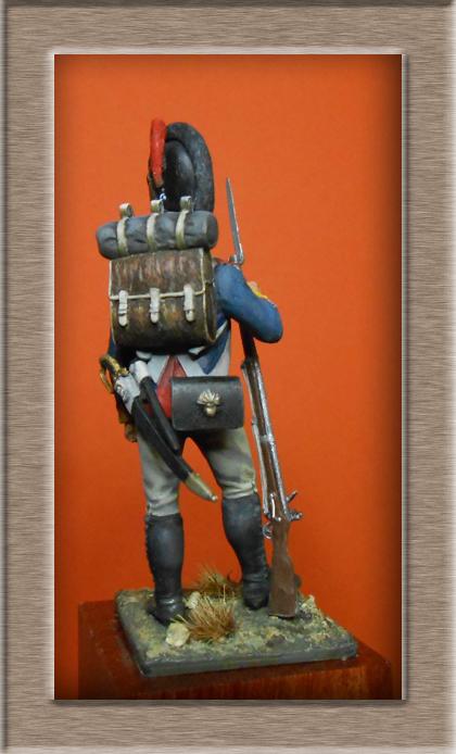 Vitrine Alain 2 mise en peinture sculpture Grenadier en surtout  1807  MM54mm - Page 5 Dscn8515